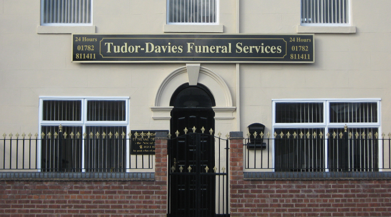 Welcome to Tudor-Davies Funeral Services